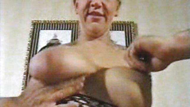 Sexy asiatique gros seins avaler video porno de fille vierge Cum
